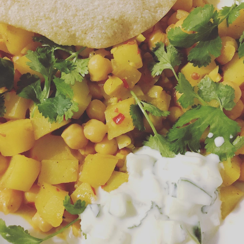 Indisk curry med kikærter