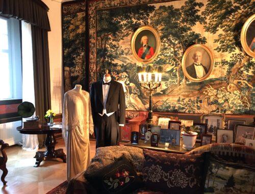 Tøj og interiør fra nyere tid