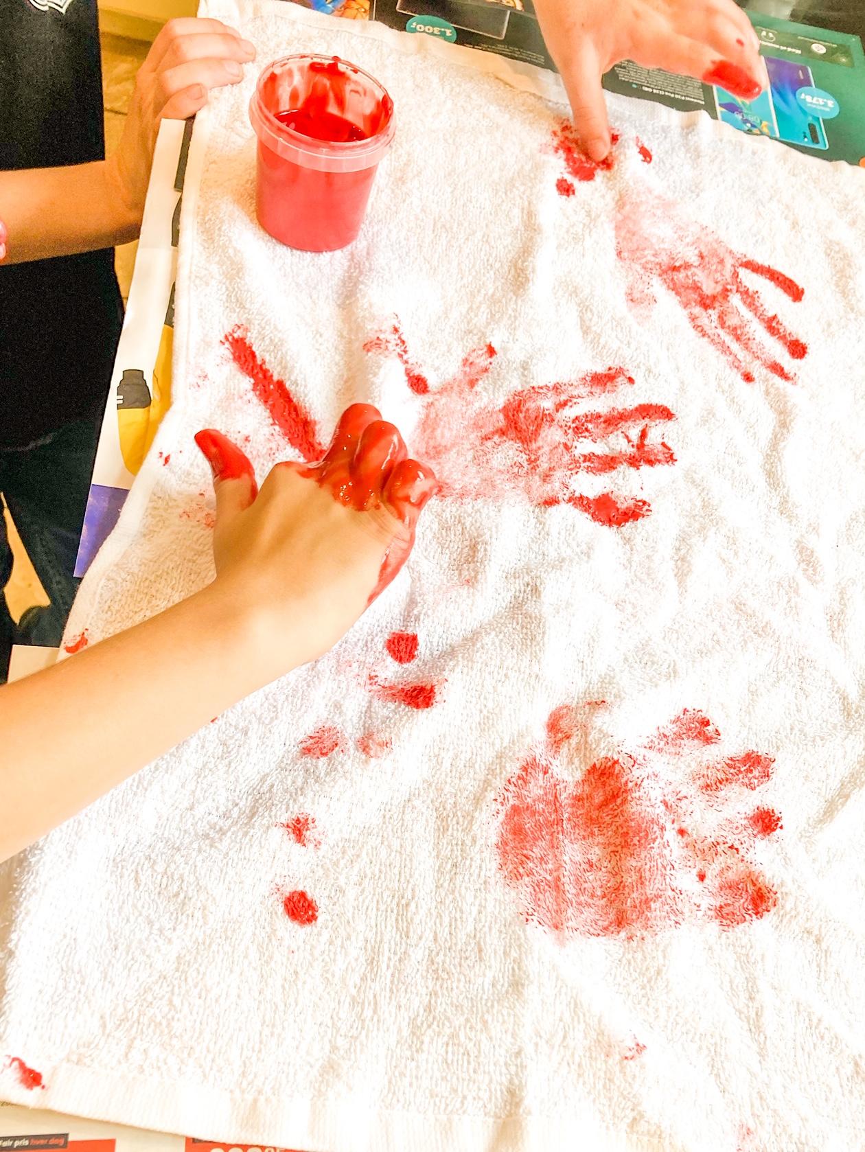 Blodig håndklæde til halloween